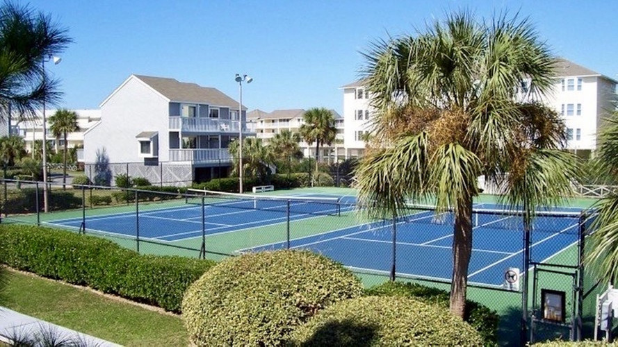31 BD Tennis Courts