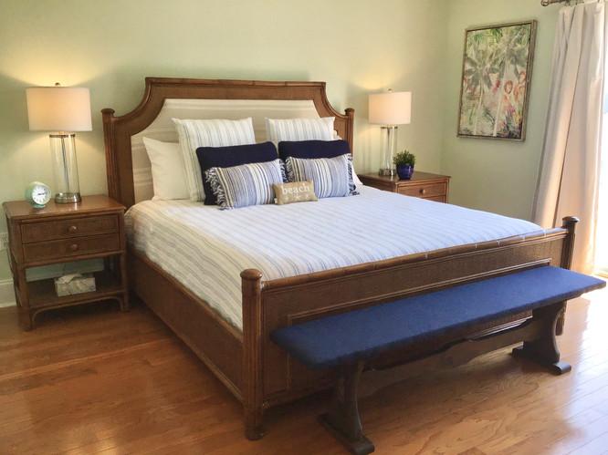 19 Master King Bed
