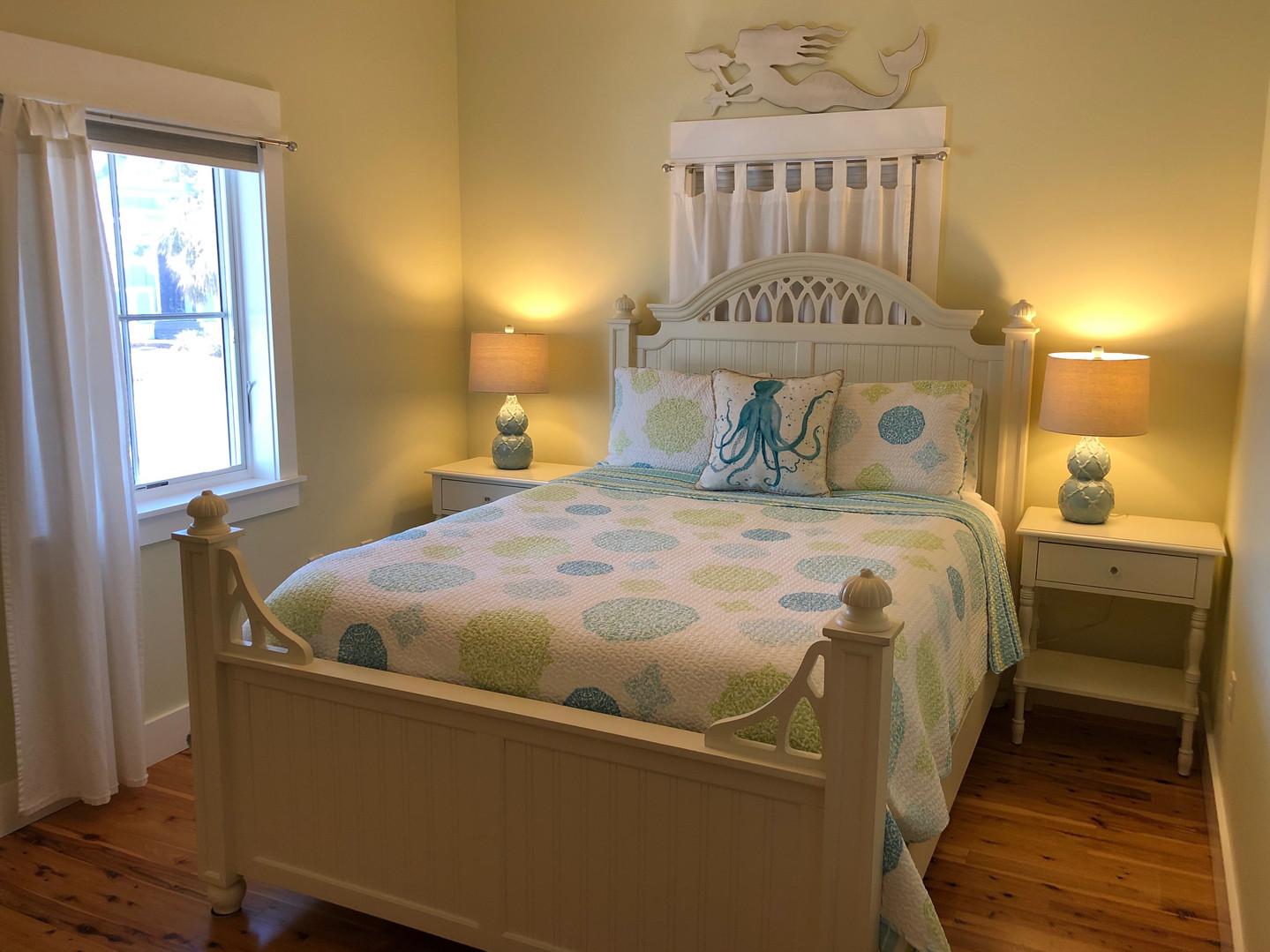 Queen Bedroom on 1st floor street side