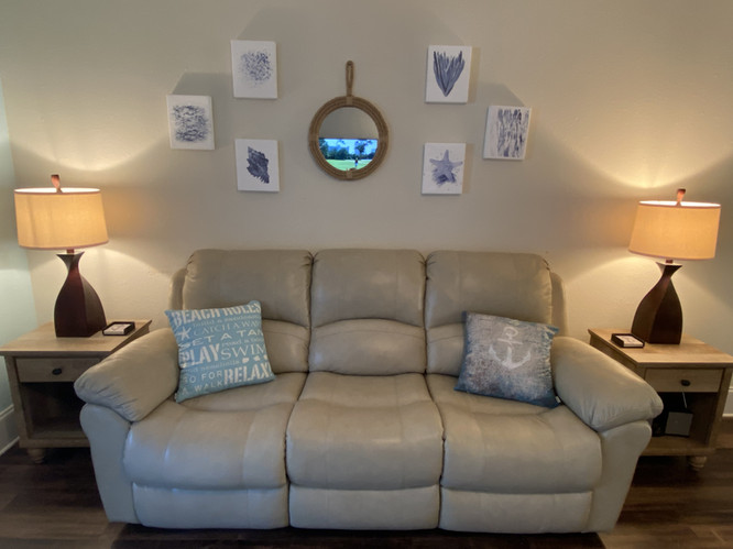 Gorgeous Reclining Leather Sofa