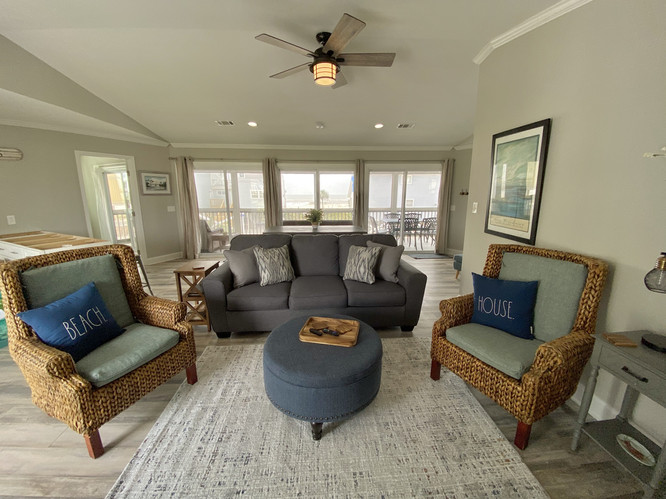 Open concept living & dining