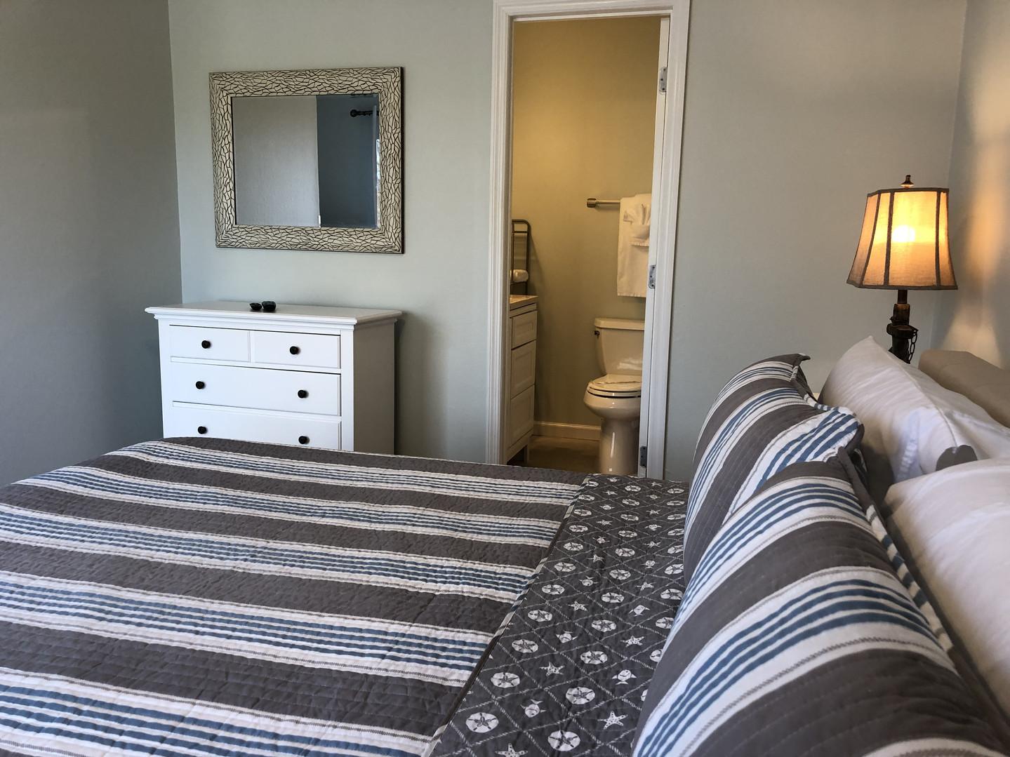 King One Bedroom-Bath