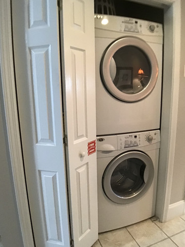 31 Full-size stackable washer & dryer