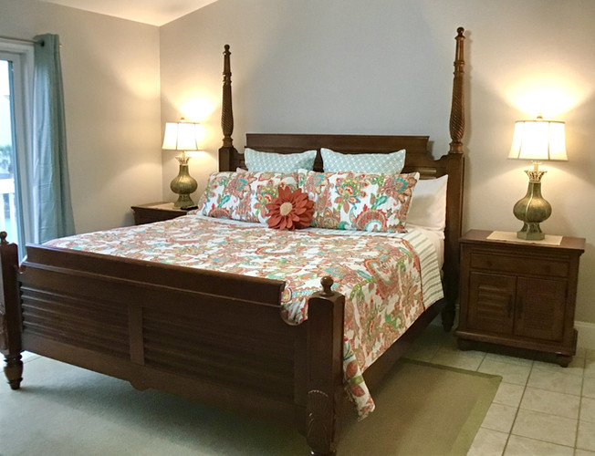 21 Comfortable king bed