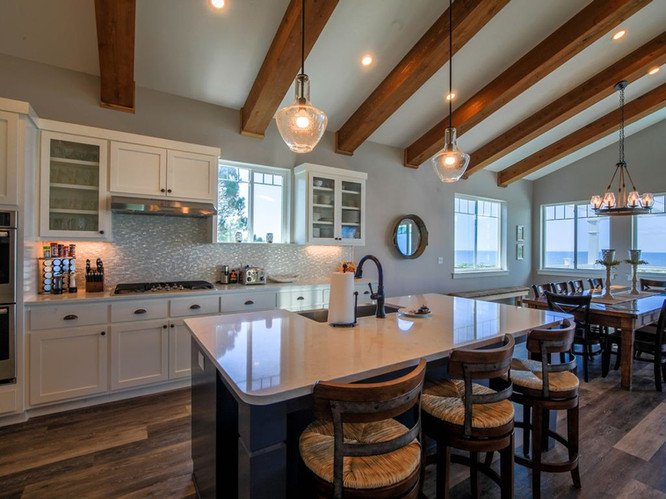 Well-Appointed Kitchen with Upscale Appl