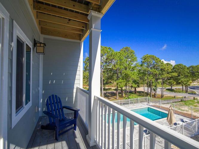 Private Porch off Queen Bedroom Overlook