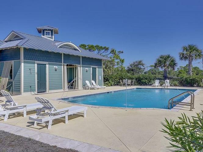 Ovation Gulf Side Pool