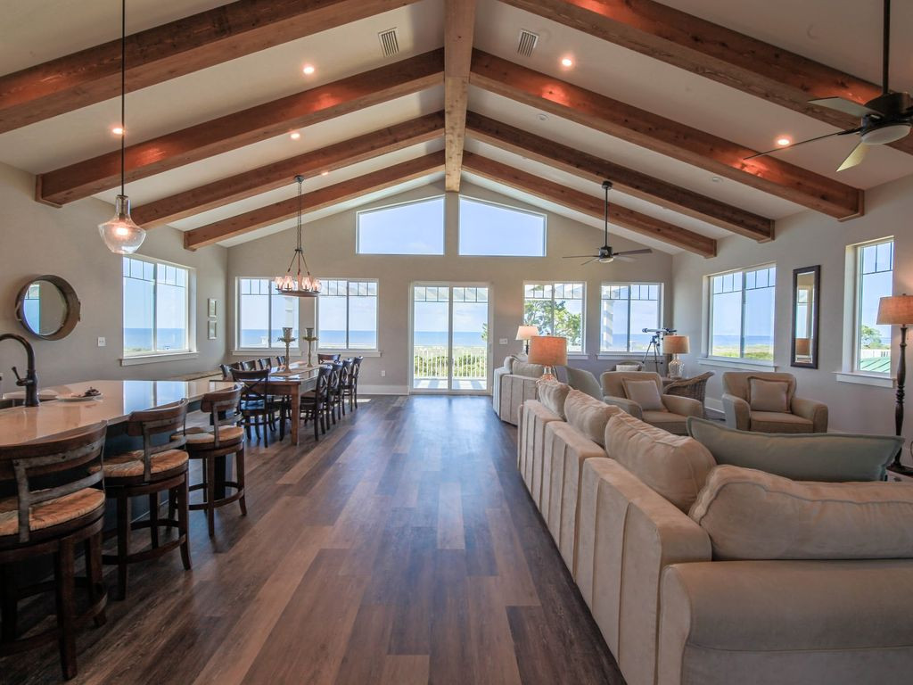 Massive Open Concept Space with Amazing