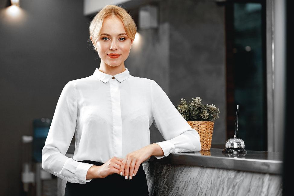 portrait-beautiful-blonde-woman-hotel-re