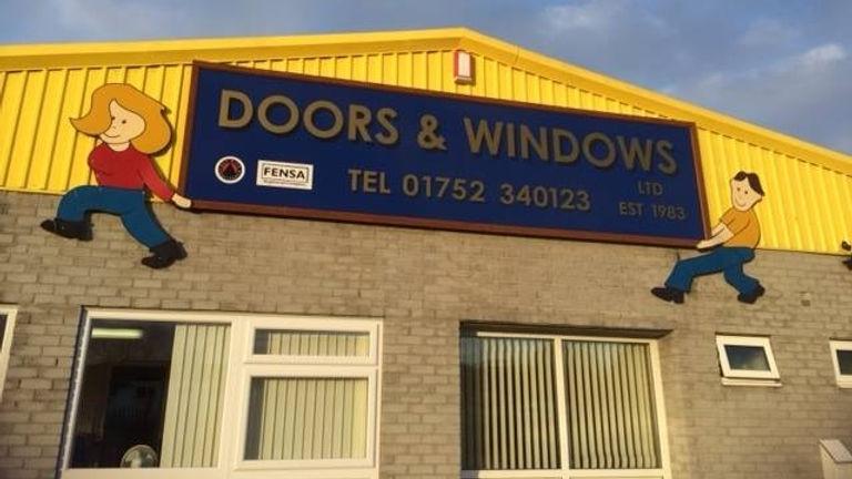 doors_windows_premises_640x360.jpg