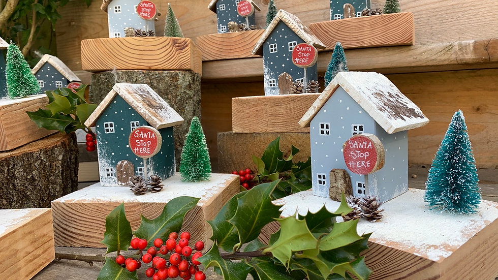 Santa stop here sign wooden Christmas house