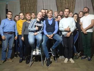 Интеллектуальное ток-шоу «Народный допрос: Кареновна против..»