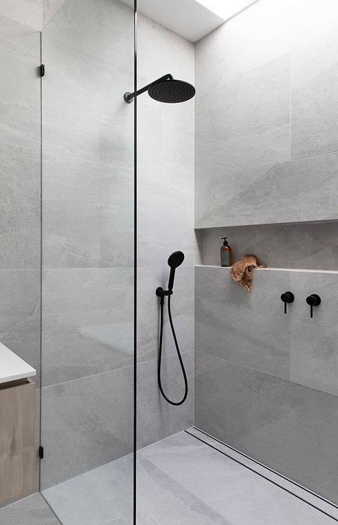 renovation-appartement-paris-douche-ital