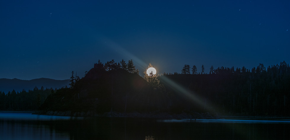Supermoon Moonrise over Emerald Bay