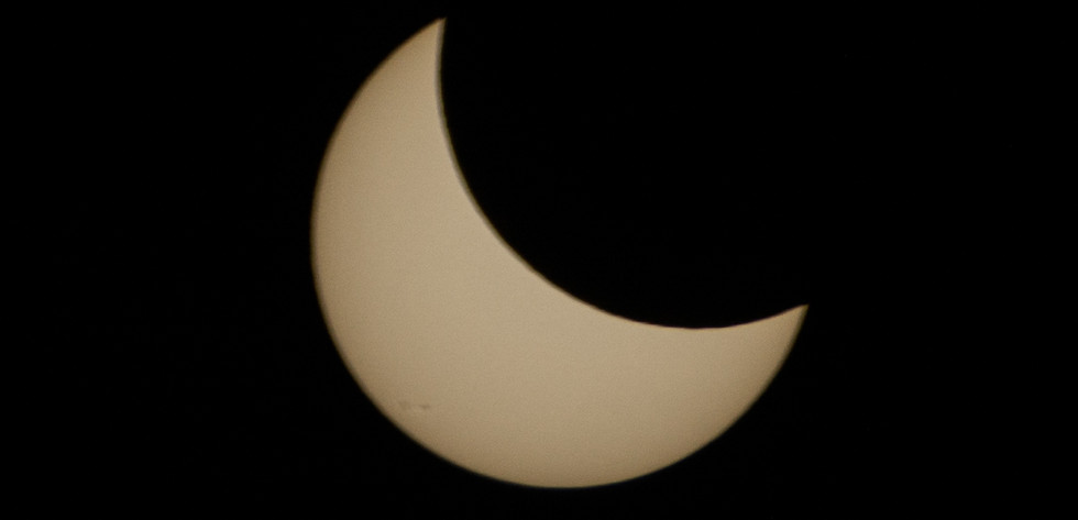 Half eclipse
