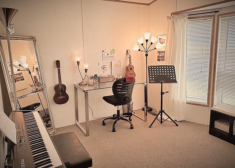 Studio3_edited.jpg