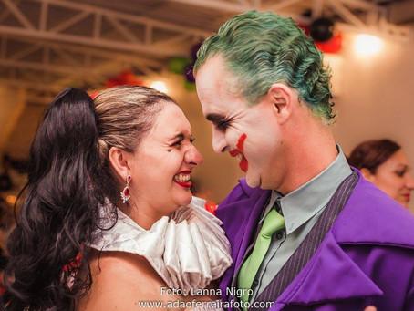 Aniversário de casamento Arlequina e Coringa {Buffet: Pipoca e chocolate} Decoração: Floressa