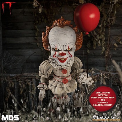Action Figure - Stephen Kings It 2017 MDS Deluxe Pennywise 15 cm