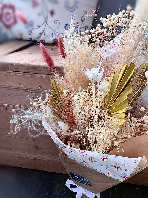 Make My Day Dried Bouquet