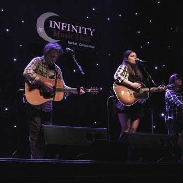 CARLEANS - Infinity Hall Norfolk
