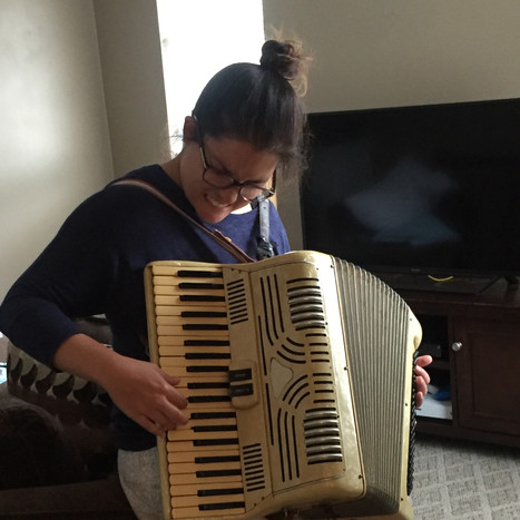 Sarah squeezebox