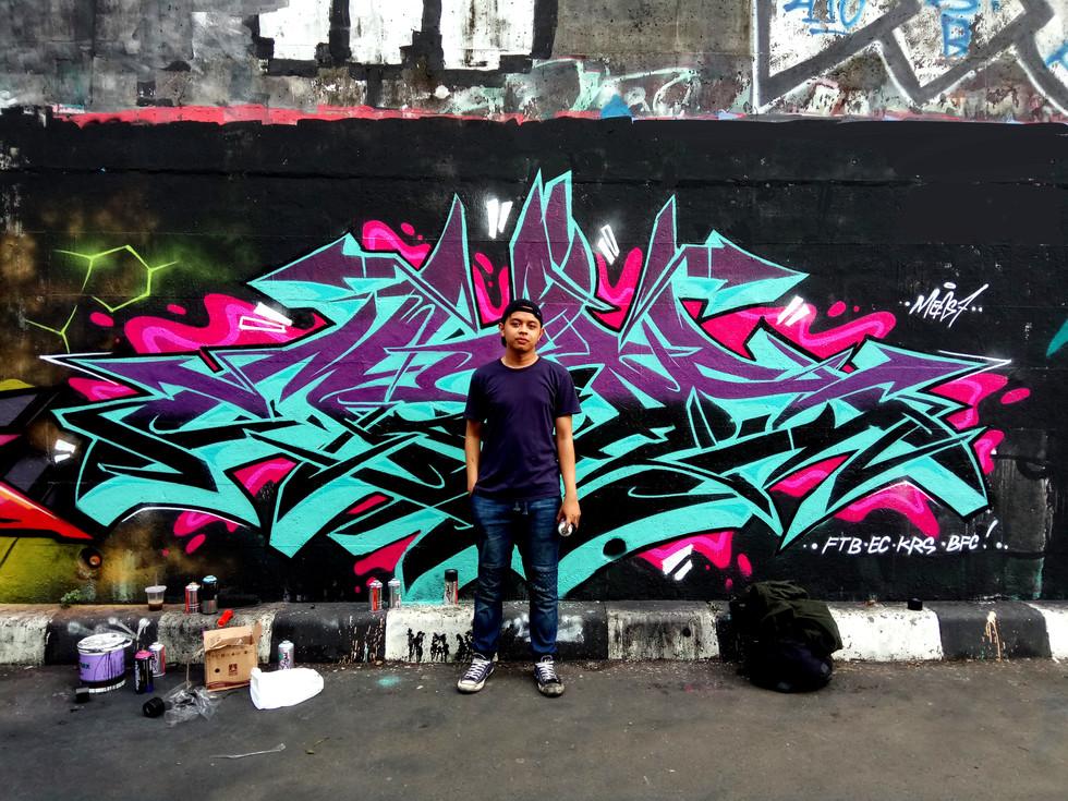 Meas Graffiti.jpg