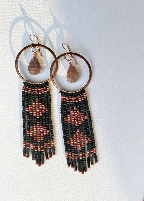 SMOKE & MOONSTONE | earrings
