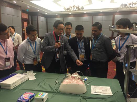 """""""How To"""" Workshop, Endourology - Chiang Mai, Thailand (2016)"""