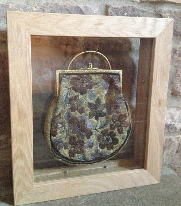 Early 20th Centuary Clasp Bag