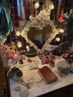 Dressing room detail 3