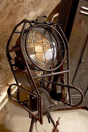 Projecteur lampe armée