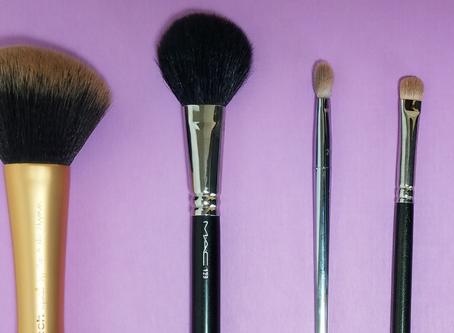 5 Makeup Brushes Every Woman Needs