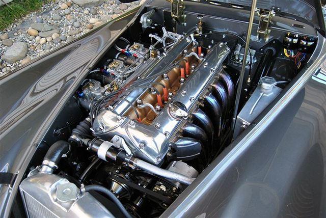 used-1953-jaguar-xk120-fhc-9423-6436630-20-640