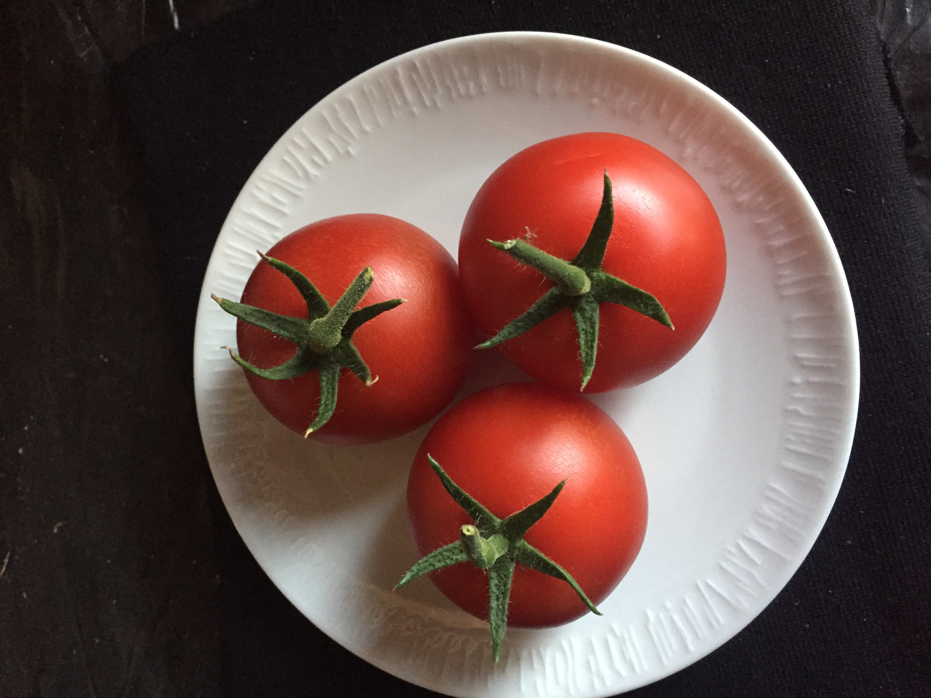 2nd Prize Tomatoes, three medium