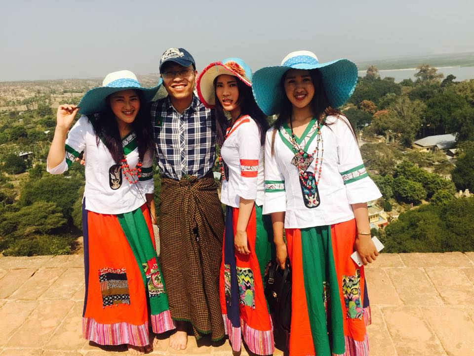 myanmar-girl-in-local-costume