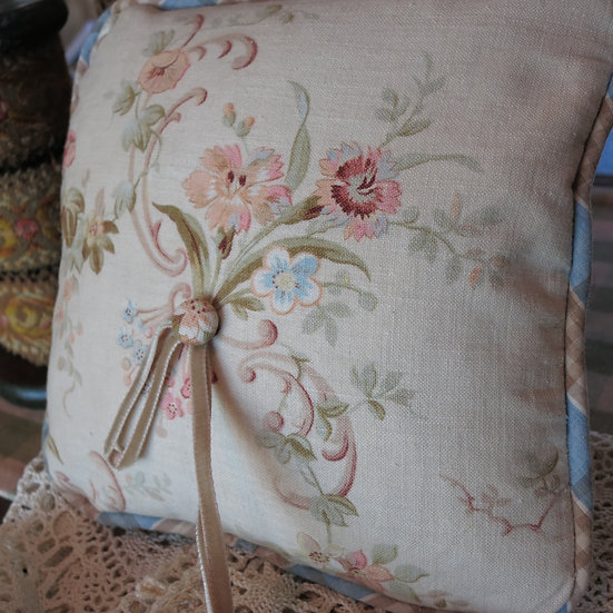 Antique / Vintage French Textile Ring Pillow