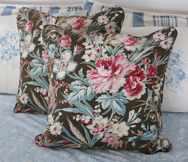 Pair French Floral & Linen Pillow