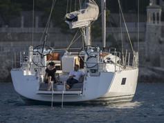 Cavo Yachting _ Jeanneau 54