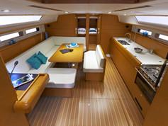 Cavo Yachting _ Sun Odyssey 479 Charter _ Salon