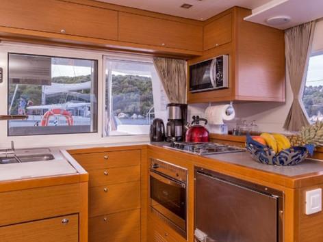 Cavo Yachting _ Lagoon 450