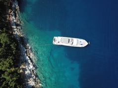 Cavo Yachting _ Freedom _ Luxury Yacht