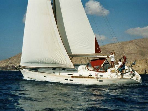 Cavo Yachting _ Beneteau Oceanis Clipper 461 Charter _ At Sea