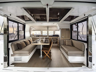 Catamaran_Sofia-1_1280x960-1024x768-1.jp