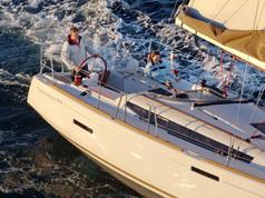 Cavo Yachting _ Jeanneau Sun Odyssey 379
