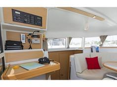 Cavo Yachting _ Lagoon 380 Charter _ Sal