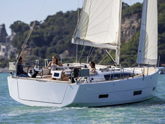 Cavo Yachting_ Dufour Grand Large 390