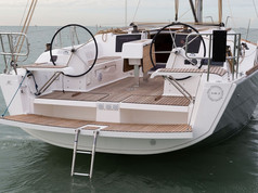 Cavo Yachting _ Dufour Grand Large 382