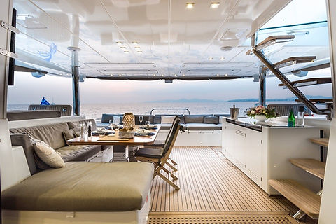 Cavo Yachting _ Lagoon 620 Charter _ Lou