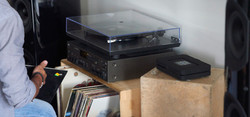 NODE2_stereo-turntable-wireless-features1