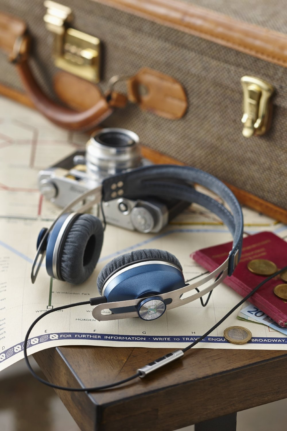 Sennheiser Momentum On-Ear Blue 5